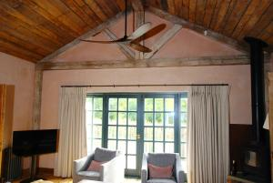 Soho Farmhouse Zephyr Ceiling Fan7