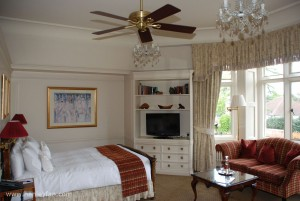 325_Hunter_savoy_ceiling_fan_kingston_house_bedroom