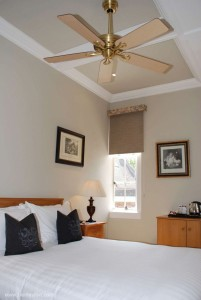 330_Hunter_savoy_ceiling_fan_kingston_house_bedroom