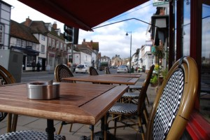 caferougehenley3